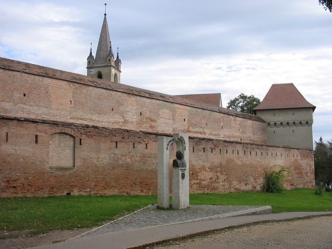 B cetatea medievala