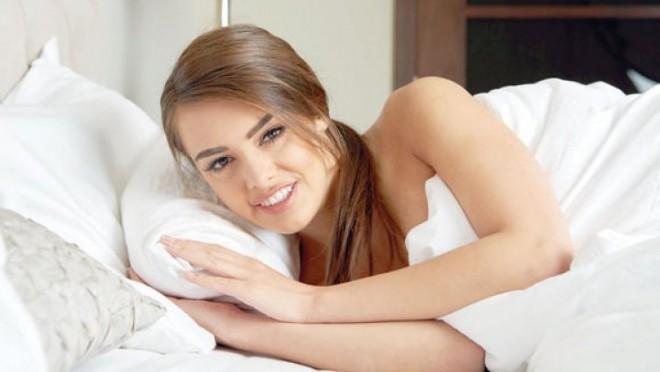 femeie_somn_47155400