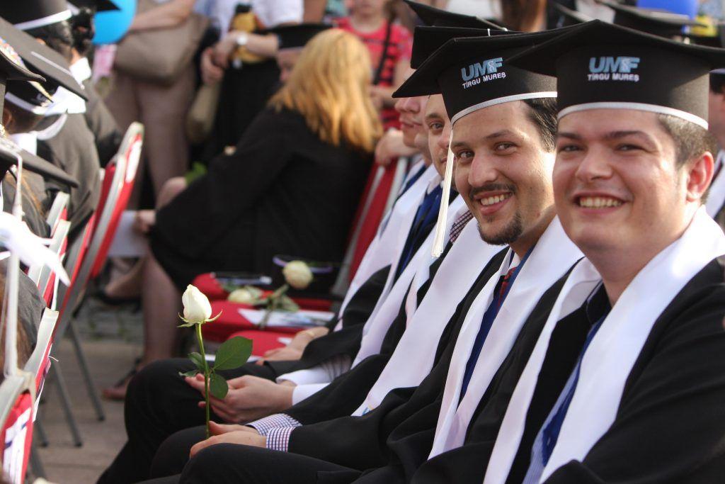 IMG_8296 absolventii