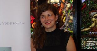 Anamaria Stamp, pianistă, organizator Academia Sighișoara