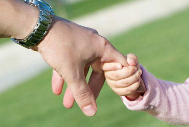 legea adoptiei