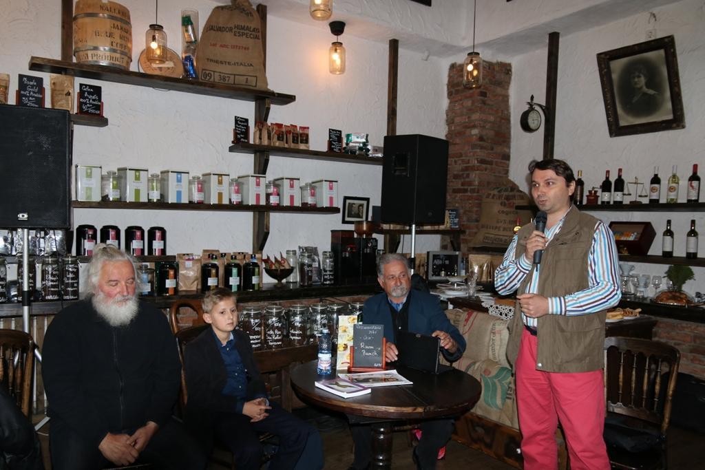 alături de Lucian Simonică au fost artiștii Vasile Mureșan și Ioan Astăluș
