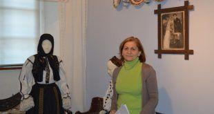 Angela Pop, şef secţie, Secţia de Etnografie si Artă Populară, Tîrgu-Mureş