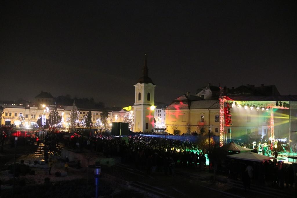 Piața Teatrului Concert Hrușcă