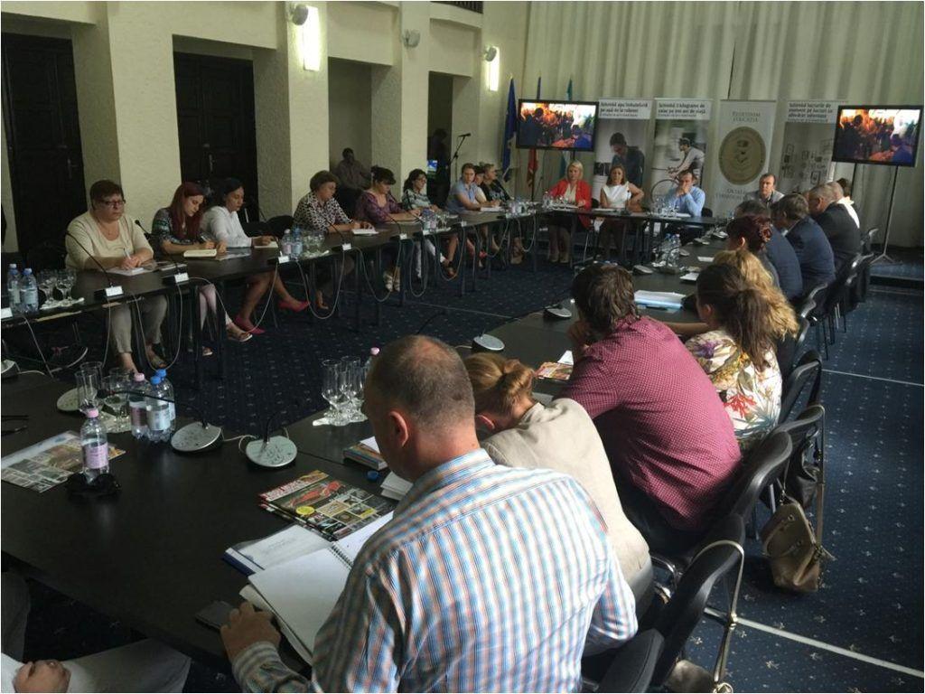 Universitatea Cultural Științifică întâlnire cu directorii