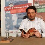 """Hermann Mark Christian a citit din """"370 de zile de teroare de Radu Bălaș și Kocsis Francisko"""""""
