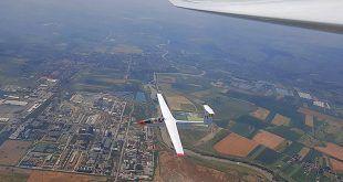 Cursuri de planorism și parașutism la Aeroclubul Mureș