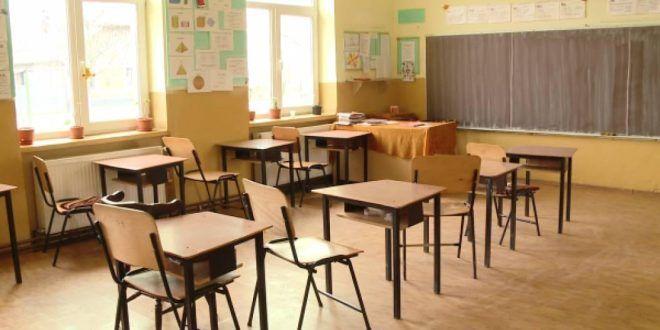 Școli închise Zagăr și Sighișoara