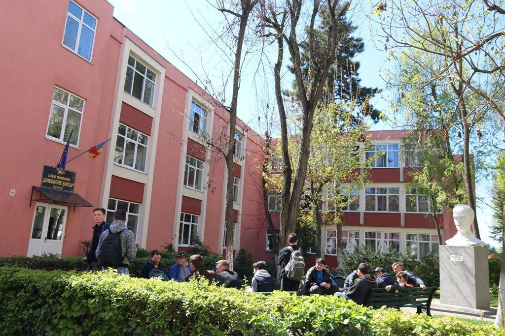 "Liceul Tehnologic ""Gheorghe Șincai"""